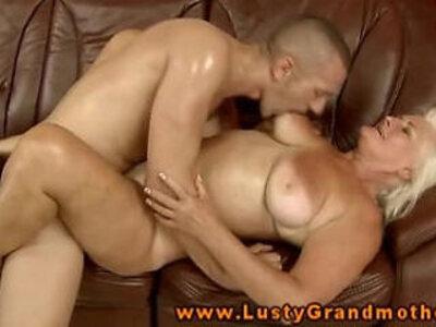 Amateur mature gets anally fucked   -amateur-gilf-mature-