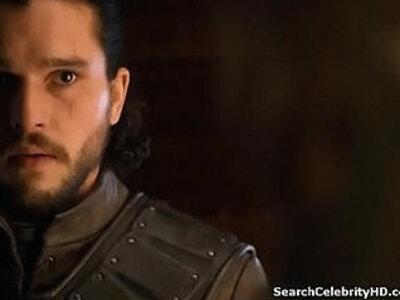 Emilia Clarke Game Of Thrones   -celebrity-games-