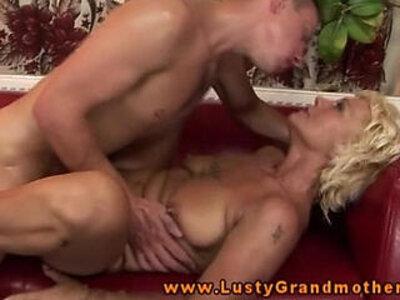 Amateur GILF getting pussyfucked   -amateur-gilf-grandma-older-
