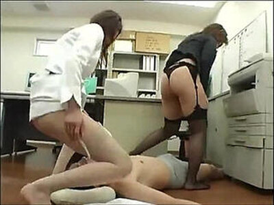 Japanese facesitting and assjob | -facesitting-japanese-