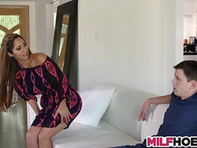 Becoming A Man With Stunning MILF   -milf-stunning-