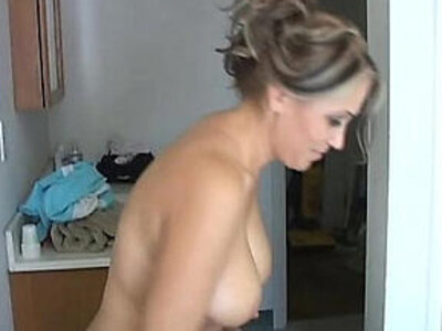 Sexy old spunker shaves her pretty pussy and has a nice wank   -older-pretty-pussy-sexy-wank-wet-