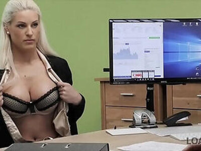 Dealing with lingerie shop naked | -agent-lingerie-naked-shop-