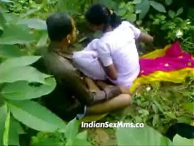 Young fucking whore in India forest new | -aunty-indian-park-whores-young-