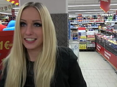 Lucy Cat Fucking in Supermarket - Sex Im Supermarkt - Public | -old man-public-