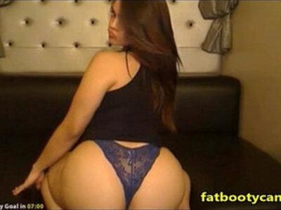 Gorgeous teen Girl with Amazing Ass | -bubble butt-girl-gorgeous-teen-
