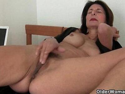 Porn will get moms pussy juicy | -juicy-mom-pussy-wild-