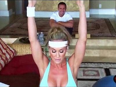 Brandi Love screams shouts as her gym lover rams her MILF cunt | -cunt-fitness-love-milf-screaming-stepmom-