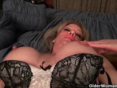 Milf Raquels big clit is poking out | -clit-milf-