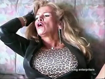 Bigboobed traudl caff gets merciless fucked by machine in pussy and ass | -ass-pussy-sex machine-