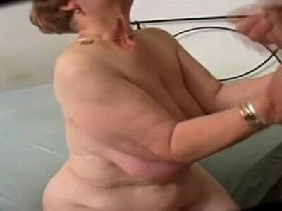 Big Butt Curvy Granny | -big ass-curvy-granny-
