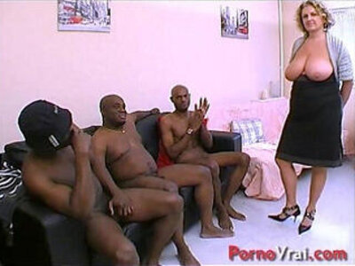 Cougar en GB black ! Squirt et nichons enormes !!! French amateur | -black-cougar-french-orgasm-squirt-