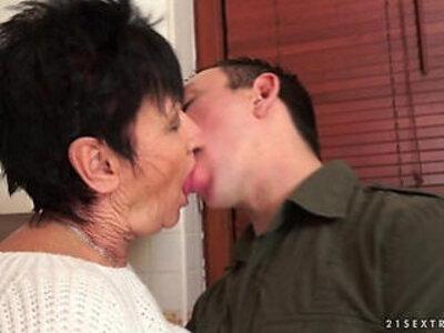 Cockhungry grandma fucked real hard | -grandma-older woman-